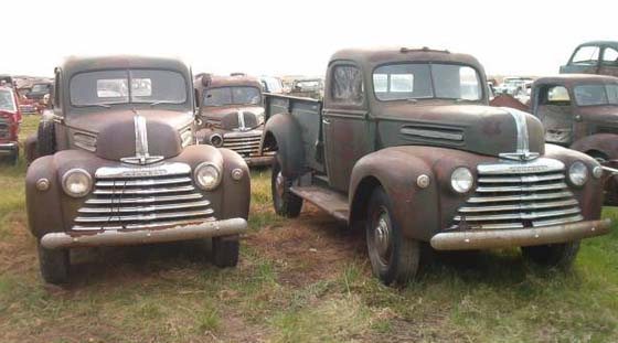 1946-1947 Mercury pickups