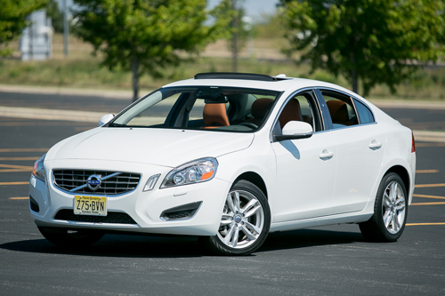 Cars.com Reviews the 2013 Volvo S60
