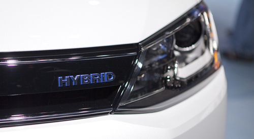 2013-jetta-hybrid-badge