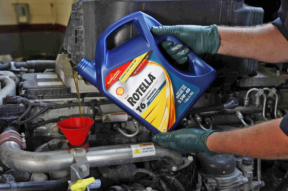 Top 10 Myths About Engine Oil - PickupTrucks com News